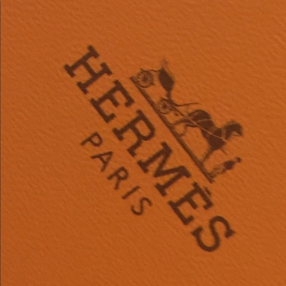 Hermes Other - Hermès tie box with tissue